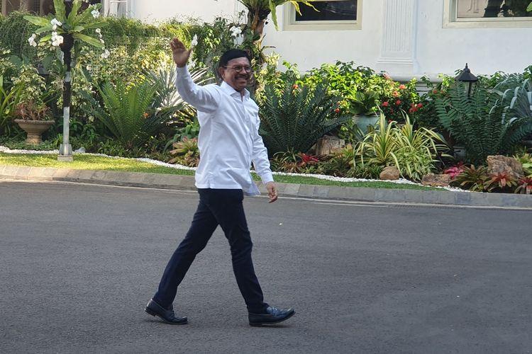 Sekjen Partai Nasdem Johnny G Platte merapat ke Istana Kepresidenan, Jakarta, Selasa (22/10/2019).  Johnny tiba di Istana sekitar pukul 15.25.