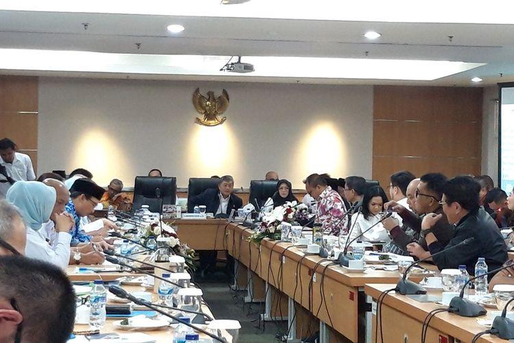 Suasana rapat anggaran KUA-PPAS 2020 eksekutif bersama DPRD DKI, di lantai 3, Gedung DPRD DKI, Rabu (23/10/2019).