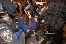 PM Israel Bela Polisinya dalam Bentrokan dengan Warga Palestina di Yerusalem