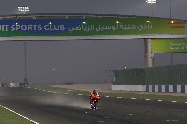 Hari terakhir sesi tes Qatar diwarnai angin kencang yang disertai pasir