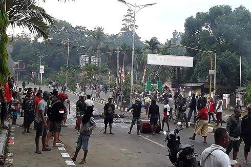 Bongkar Muat di Pelabuhan Manokwari Sempat Terganggu akibat Kerusuhan
