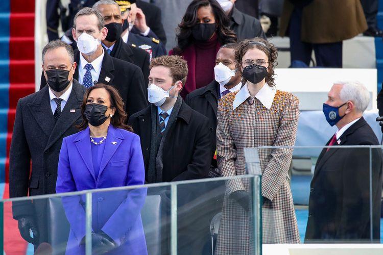 Wakil Presiden AS, Kamala Harris bersama keluarganya.