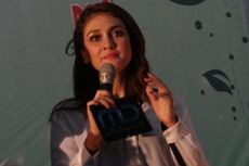 Luna Maya Jadi Penerima Tamu pada Pernikahan Raffi Ahmad