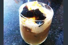 Es Kopi Karamel dengan Susu Kedelai