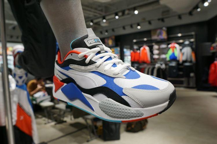 Sepatu Puma RS-X3.