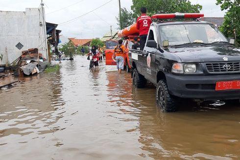 Banjir Pekalongan Meluas, Ribuan Warga Mengungsi