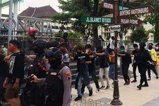 Cegah Demo Disusupi Kelompok Anarko, Pengamanan di Kawasan Mampang Diperketat
