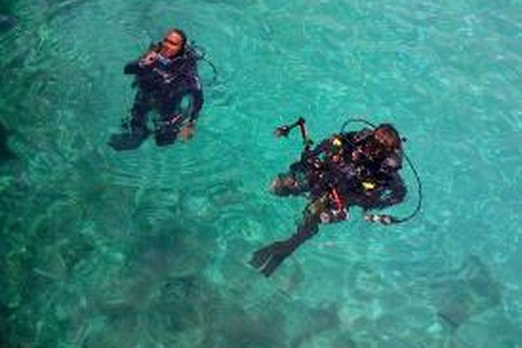 Ilustrasi penyelam di perairan Sabang