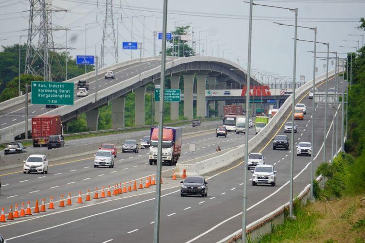Ilustrasi lalu lintas di Tol Jakarta-Cikampek jelang Tahun Baru 2021