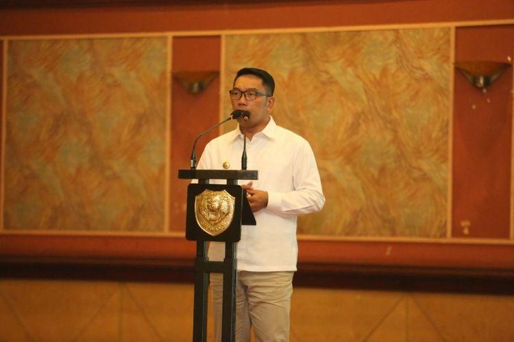Wali Kota Bandung Ridwan Kamil saat menjadi pembicara dalam rapat koordinasi penanganan Sungai Citarum di Graha Manggala Siliwangi, Sabtu (16/12/2017) siang. Salam kesempatam itu Ridwan mengusulkan dua program, yakni pipa gendong dan bendungan sampah.