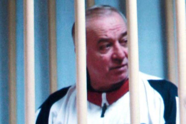 Mantan agen ganda Rusia Sergei Skripal. (AP Photo via The Times)