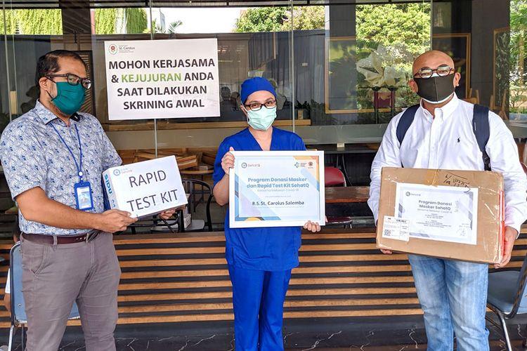 SehatQ bersama Sinar Mas membagikan ribuan masker bagi tenaga medis, dan menghadirkan program rapid test Covid-19 gratis