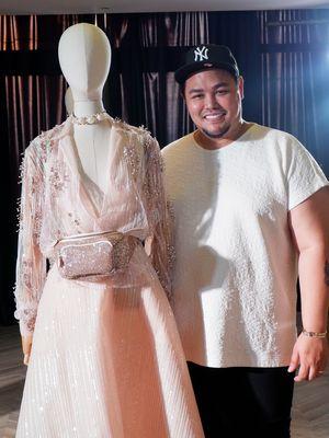Desainer Ivan Gunawan seusai berbincang dengan bersama media di kawasan Cipete, Jakarta Selatan, Rabu (30/10/2019).