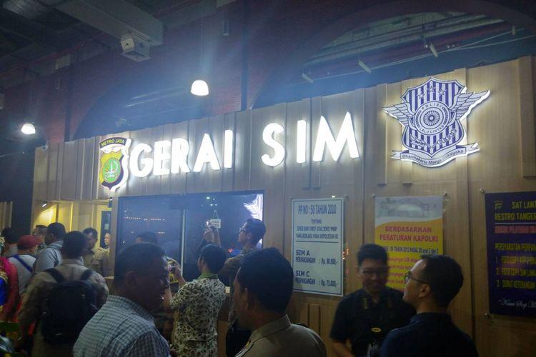 Gerai SIM terletak di Rame Rame Food Carnival Tangcity Mall lantai 2, Selasa (8/1/2019).