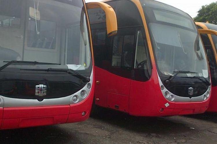 Sebanyak 23 bus Transjakarta baru dikirim dari Zhong Tong China. Rencananya bus baru tersebut akan mengisi koridor 1 dan koridor 8 bus Tranjakarta.