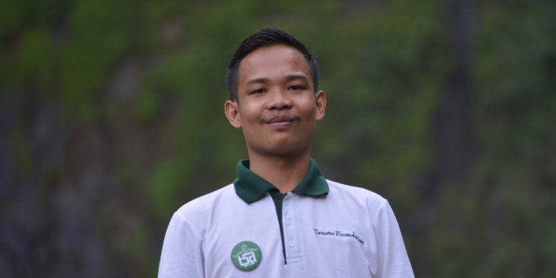 Sukardi, salah satu penerima program kepemimpinan dan beasiswa Teladan dari Tanoto Foundation