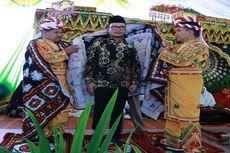 Menteri Hanif Mendapat Gelar Tokoh Kehormatan Bener Meriah
