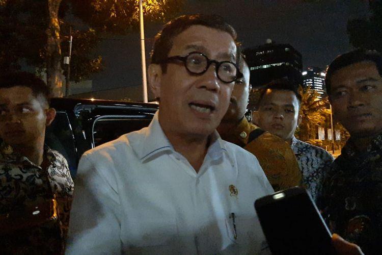 Menkumham Yasonna Laoly di DPR, Senayan, Jakarta, Kamis (30/1/2020).