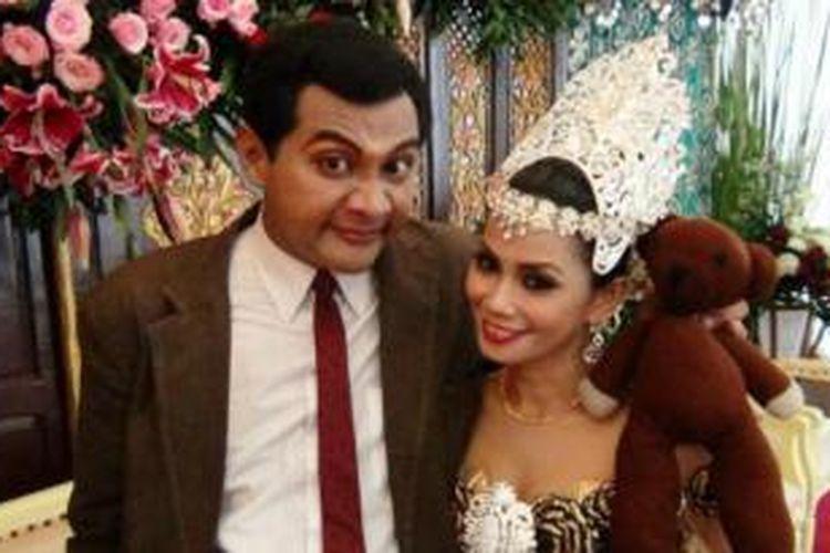Vico Rahman yang kerap tampil di televisi memerankan Mr Bean menikahi Murniari seorang pengusaha salon yang cukup sukses asal Makassar, Sulawesi Selatan.