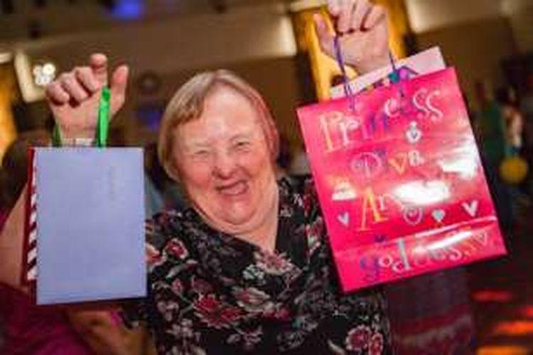 Frances Gillett, wanita penyandang down syndrome tertua di dunia.
