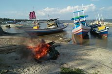 Konflik karena Penggunaan Trawl, Tiga Kapal Nelayan Disandera