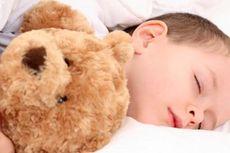 Biasakan Anak Tidur Lebih Awal