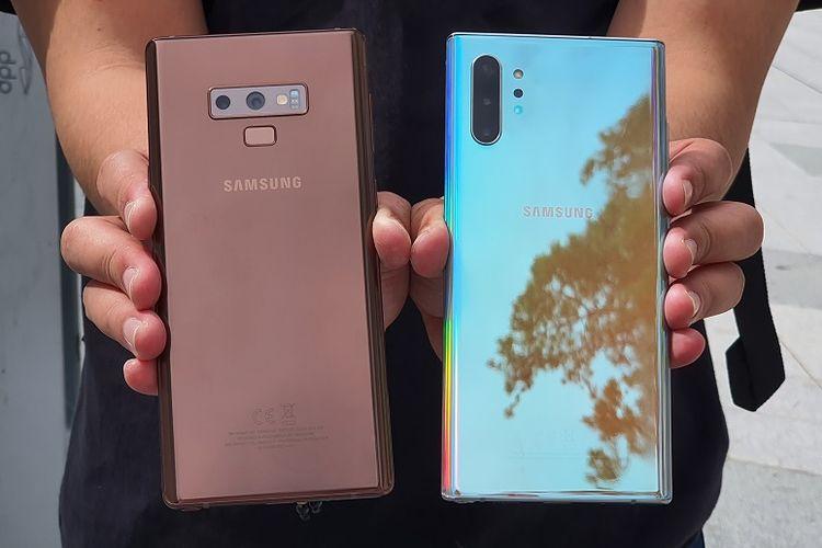 Galaxy  Note 9 (kiri) dan Galaxy Note 10 Plus (kanan)