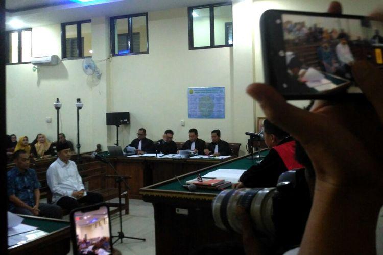Sidang Perdana Bupati Nonaktif Lampung Utara Dijaga Ketat Polisi dan Gegana