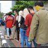 Ribuan Warga Urus Tilang di Kejaksaan Negeri Jakbar, Panjang Antrean Lebih dari 1 Km