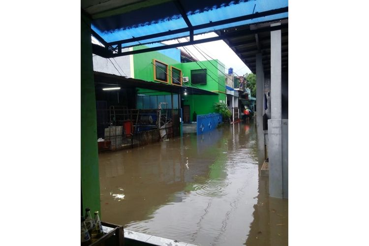 Kawasan RW 07, Kelurahan Pekayon, Kecamatan Pasar Rebo, Jakarta Timur, Rabu (6/5/2020).