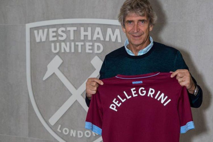 Manuel Pellegrini saat ditunjuk menjadi manajer baru West Ham United.