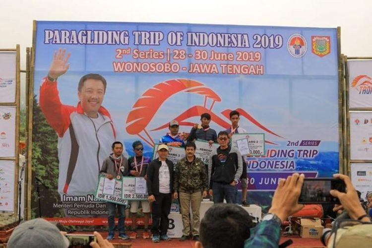 Ajang Paralayang Trip of Indonesia (TRoI) Seri II yang berlangsung di Bukit Kekep, Desa Lengkong, Kabupaten Wonosobo, Jawa Tengah, berakhir pada Minggu (30/6/2019).