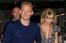 Makan Malam di Restoran, Taylor Swift-Tom Hiddleston Dijaga 8 Pengawal