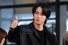 Mengaku Fans Kim Nam Gil, Begini Sapaan Jin BTS Saat Bertemu Sang Idola di Golden Disc Awards