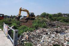 Pemkab Bekasi Akan Angkut 5 Ton Sampah di Kali Busa, Tambun