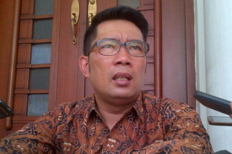 Wali Kota Bandung Ridwan Kamil saat ditemui di Balai Kota Bandung, Jalan Wastukancana, Sabtu (17/12/2016). KOMPAS.com/DENDI RAMDHANI