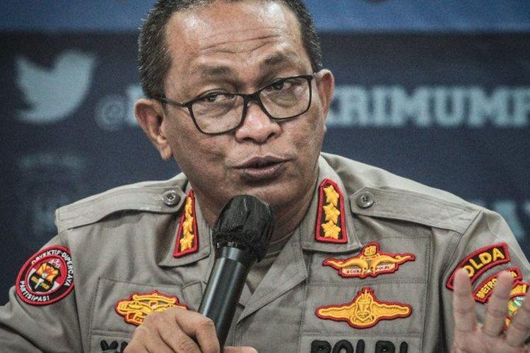 Kabid Humas Polda Metro Jaya Kombes Pol Yusri Yunus memberikan keterangan pers di Polda Metro Jaya, Jakarta, Kamis (10/12/2020).
