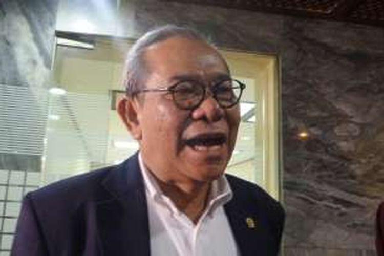 Ketua Komisi II Rambe Kamarulzaman di Kompleks Parlemen, Senayan, Jakarta, Jumat (9/9/2016)