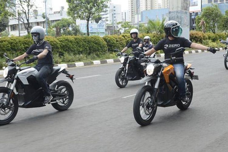 Zero Motorcycles membawa ciri khas baru berkendara moge.