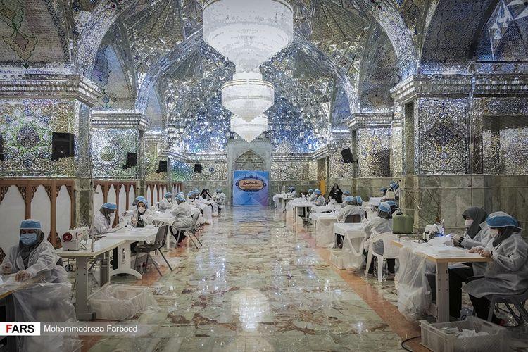 Masjid Shah Cheragh di Iran yang jadi tempat pembuatan masker