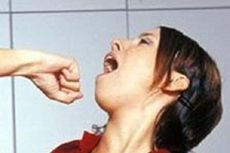 Tagih Utang Sambil Teriak-teriak, Rentenir Dipukul Wanita di Bandung dengan Tabung Gas hingga Pingsan