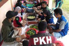 2 Dapur Umum Didirikan di Kabupaten Bima, Relawan Antar Bantuan Makanan ke Korban Banjir