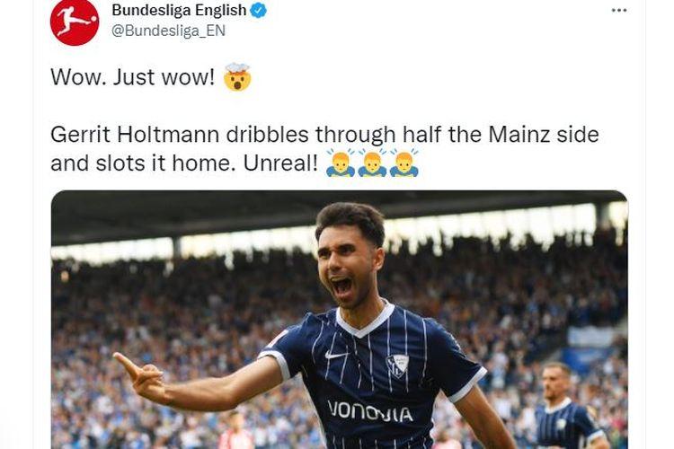 Pemain VfL Bochum berpaspor Filipina, Gerrit Holtmann, merayakan gol yang ia cetak ke gawang Mainz pada laga pekan kedua Bundesliga Jerman di Vonovia Ruhrstadion, Sabtu (21/8/2021) malam WIB. (Foto: Tangkapan layar Twitter @Bundesliga_EN)