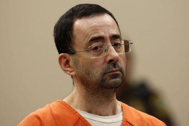 Mantan dokter tim senam Amerika Serikat, Larry Nassar, yang terbukti melakukan pelecehan seksual.