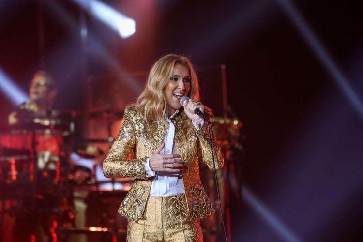 Penampilan diva kenamaan dunia Celine Dion pada konser Live Tour 2018 di Sentul International Convention Center, Bogor, Jawa Barat, Sabtu (7/7/2018). Lagu The Power Of Love dibawakan saat pembukaan konser pertamanya di Indonesia.