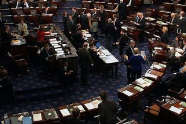 Para Senator AS meloloskan RUU reformasi imigrasi dalam voting hari Kamis (27/6/2013) dengan suara 68 lawan 32