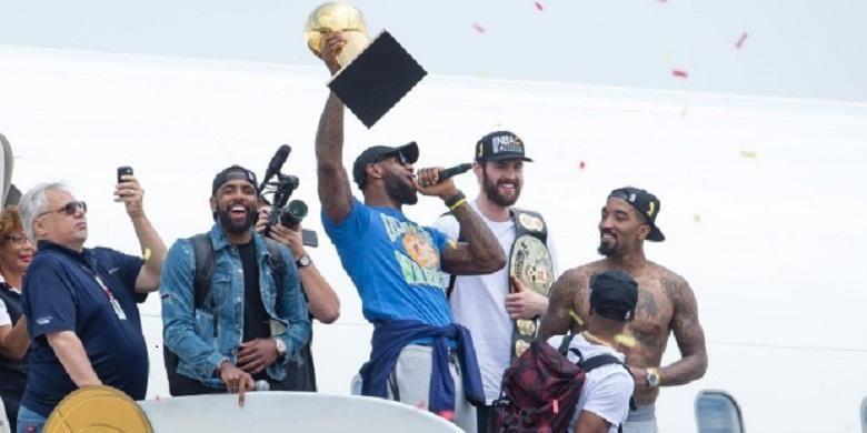 Roimbongan Cleveland Cavaliers dapat sambutan  meriah