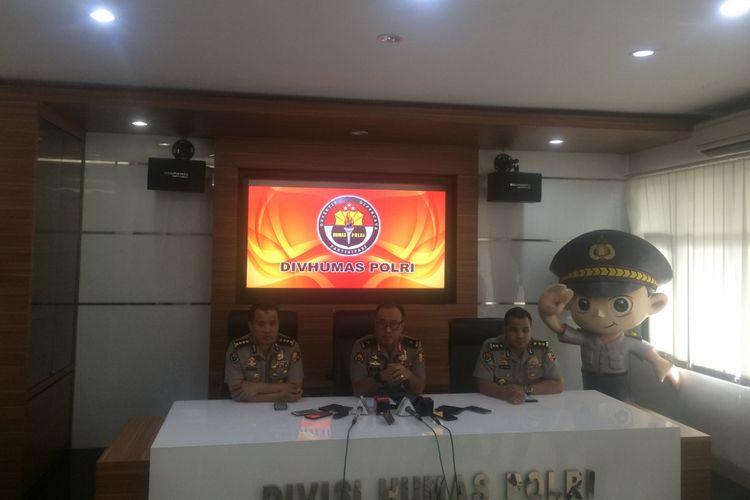 Kepala Biro Penerangan Masyarakat Divisi Humas Polri Brigjen Pol Dedi Prasetyo di Gedung Humas Mabes Polri, Jakarta Selatan, Senin (21/1/2019).