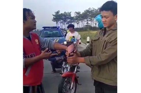 Video Viral Polisi Beri