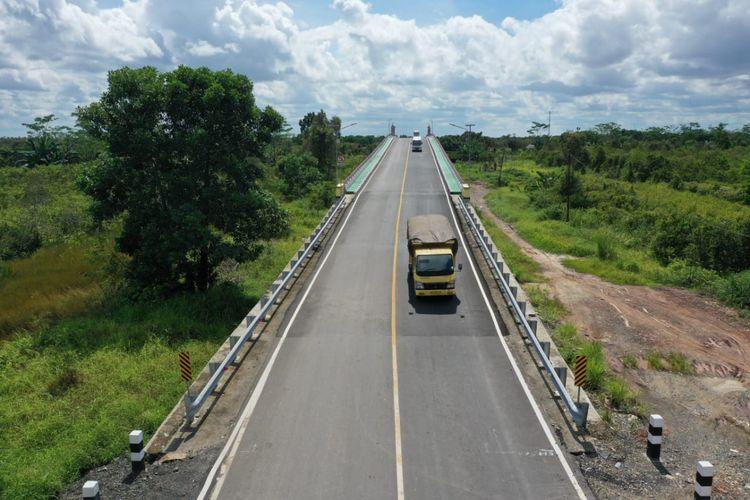 Satu Jembatan Kanal Antang dan tiga overpass di Kabupaten Tapin, Kalimantan Selatan diresmikan Menteri PUPR Basuki Hadimuljono, Sabtu, (8/2/2020).